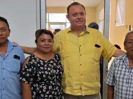 "JOSÉ ESQUIVEL ""CHAK ME'EX"" PRESIDENTE MUNICIPAL DE FELIPE CARRILLO PUERTO  PROTECTOR DE VIVALES."