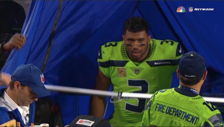 Russell Wilson in SidelinER