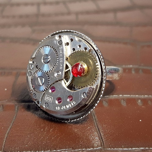 Vintage 15 Jewel Watch Movement Ring
