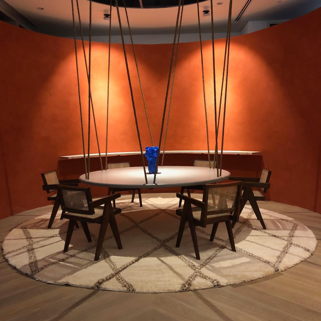 suspended table Casacor Miami.jpg