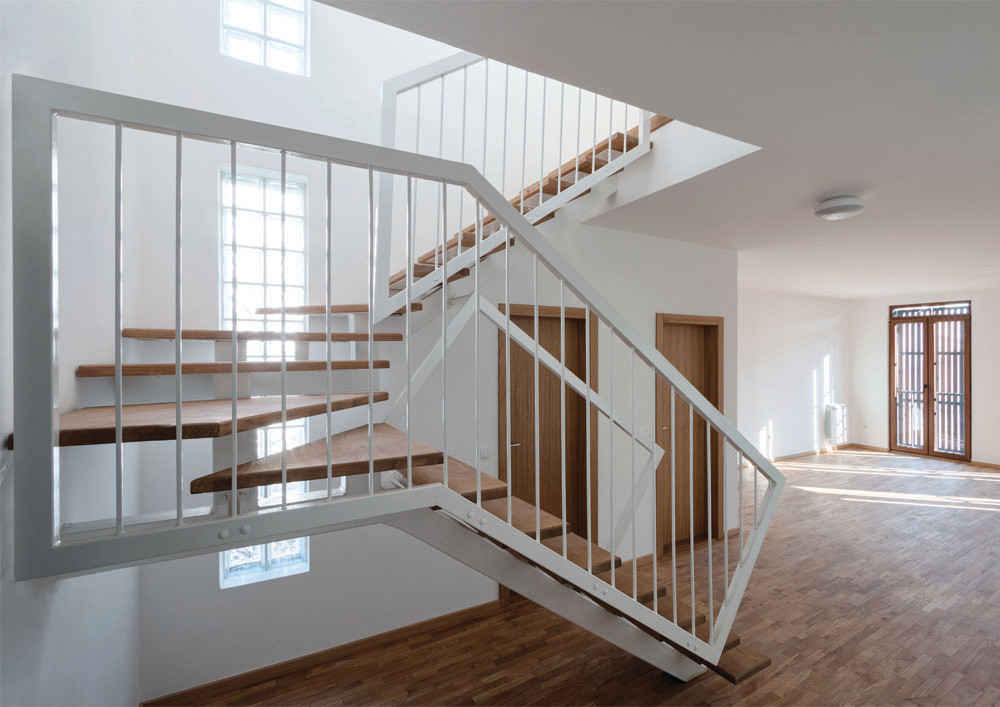 RS03_12_N1 Housing_Studio Simovic_ph Rel