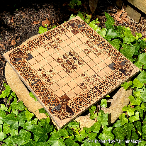 Hnefatafl Game (9x9 grid variant) - a historic game of strategy predating Chess