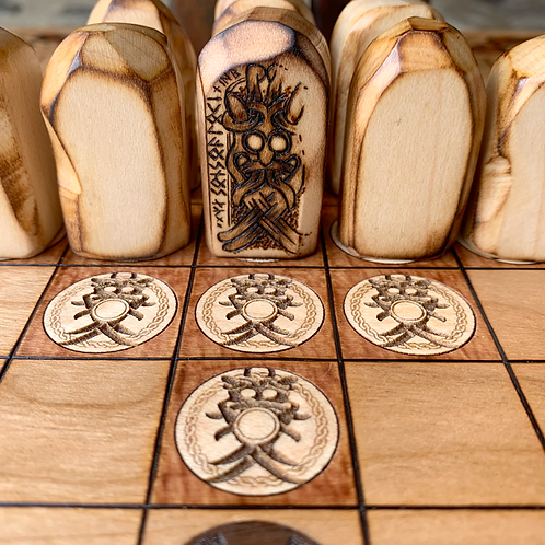Standing Stone Pawns: Upgrade item for hnefatafl games - a unique customization!