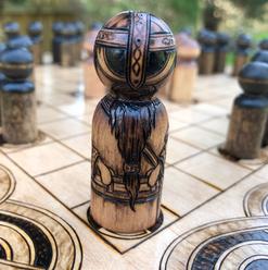 People Peg, custom King pawn