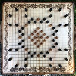 """Hnefatafl, 19x19 squares, """"Alea Evangelii"""""""