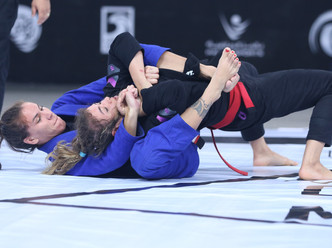Abu Dhabi Queen of Mats: remember the action in the most groundbreaking event of the season