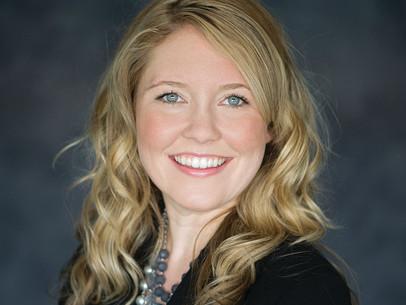 Lindsay Mais: Graciously Giving Back