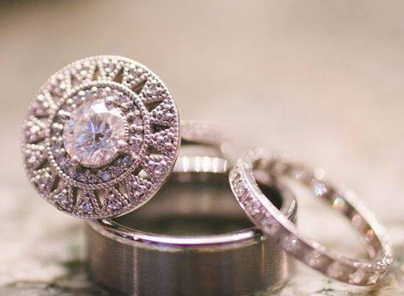 Give Her One-Of-A-Kind This Engagement Season