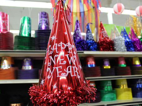Themed Plastic Cups and Seasonal Decorations for the Win!
