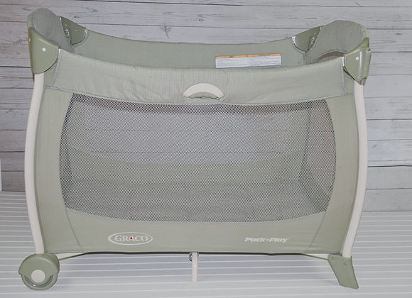 Graco Pack and Play Set