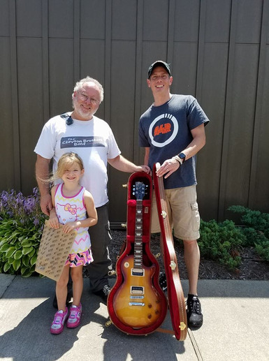 The winner of the brand new Les Paul from the Rock the Amp fundraiser.