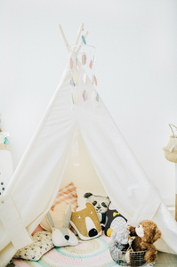 The Benefits of Simplifying the Toys in your Home | Decluttering Toys