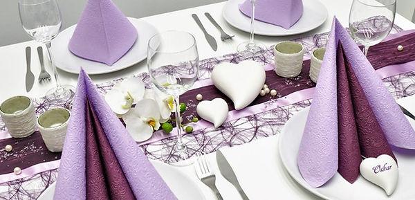 Tischdekoration-Hochzeit-Aubergine-Flied