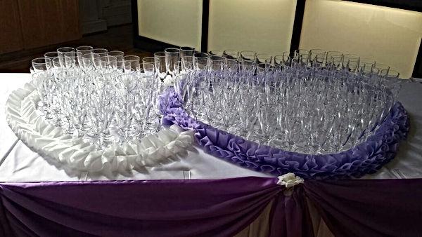Hochzeitsdeko-Sekttisch.jpg