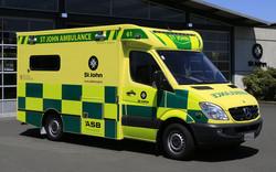 eight_col_m.-ambulance