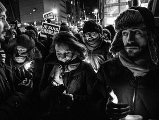 """Au coeur des rassemblements """"Charlie"""" à New York et Montréal"""