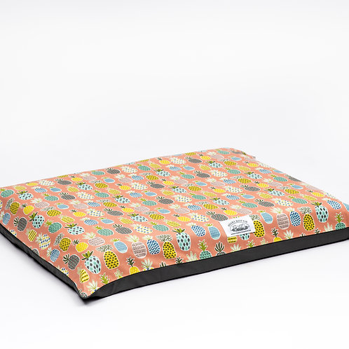 Henry Hottie Bed Cover (Pink Pineapple)
