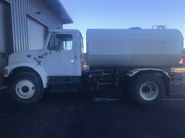 97 INT Water Truck 1