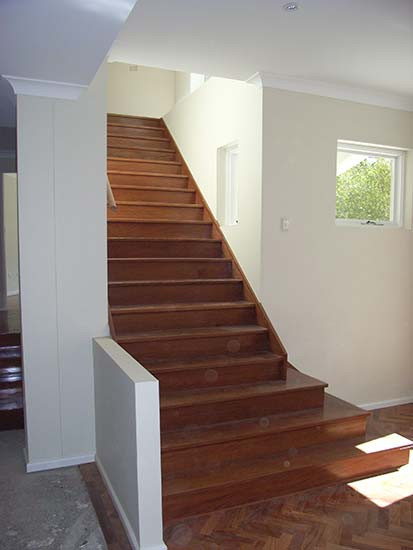 closed rise and timber sydney based stairs image