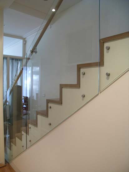 concealed string timber staircase in Sydney image