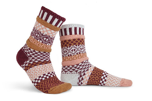 NEW Solmates Socks