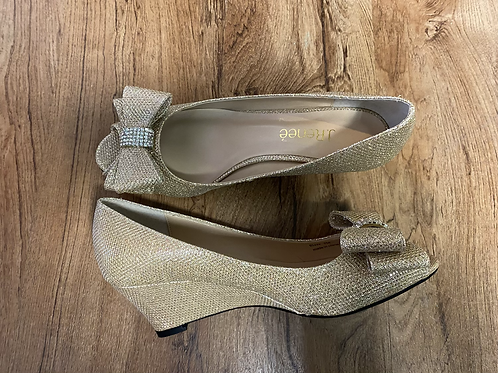 NEW Sparkly Gold Open Toe Wedges with Bow