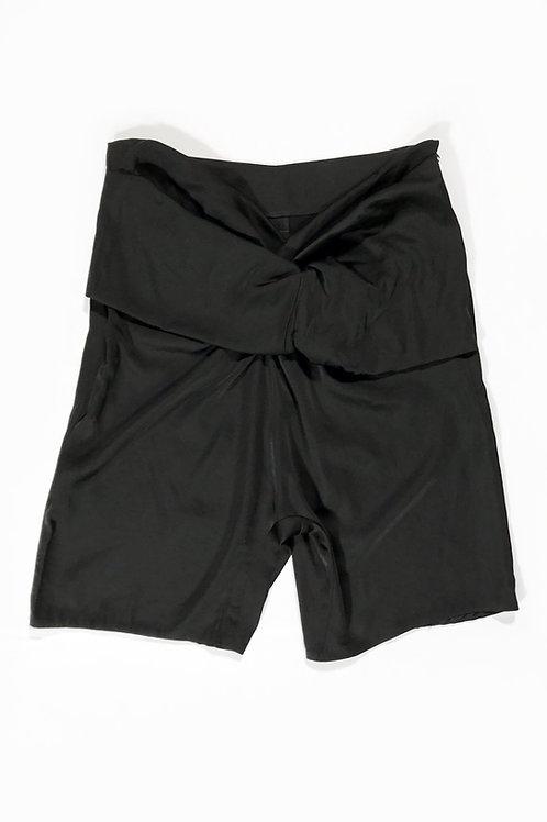 TWIST SHORT BLACK