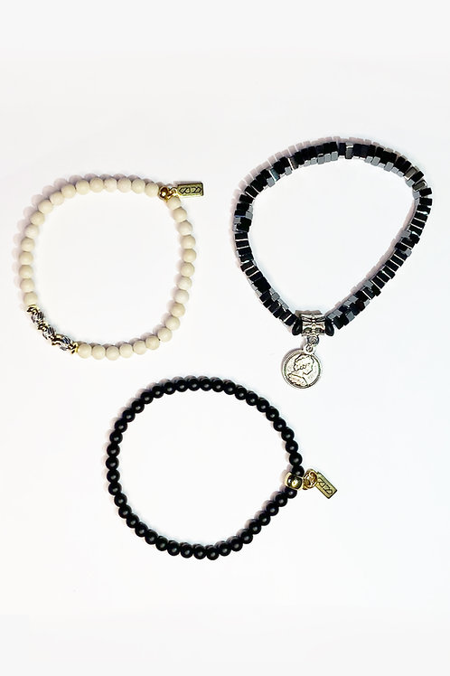 STRETCH BRACELETS - GROUP 06