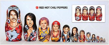 История группы Red Hot Chili Peppers в портретах на матрёшке
