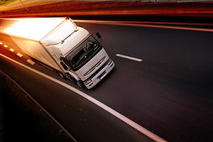 Trucks_Roads_White_444169.jpg