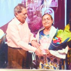Dr. Kavita being felicitated at  Kolhapur-2015