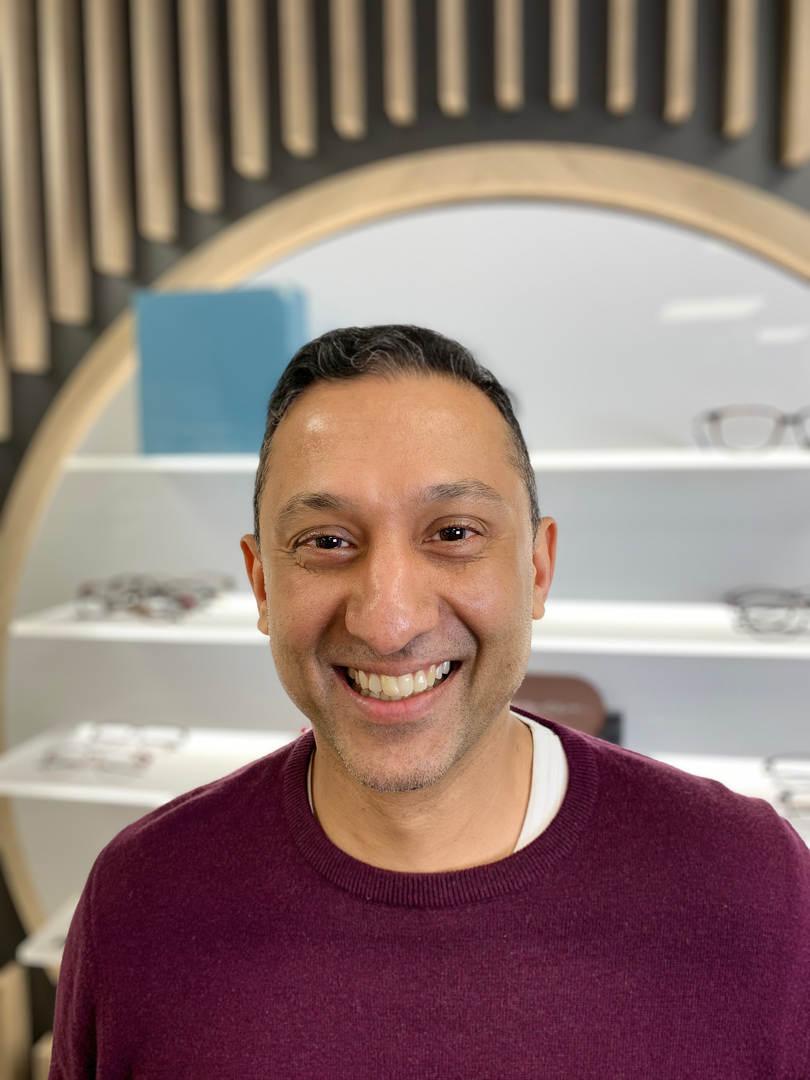 Dawood Alibai - Optometrist