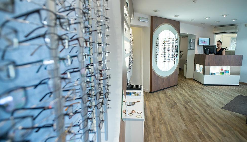 Oakwood eyecare reception