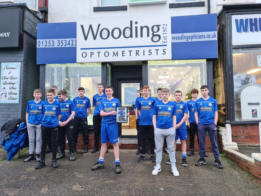 Wooding Optometrists sponsoring local boys football club