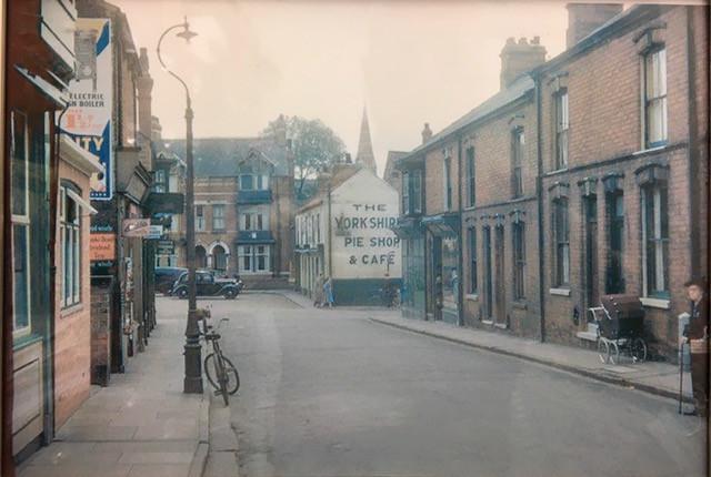 Stephens - old pic of Cross Street premi