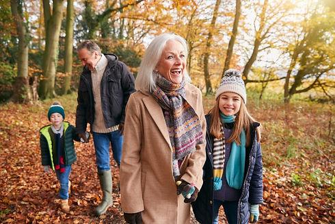 grandparents-with-grandchildren-enjoying