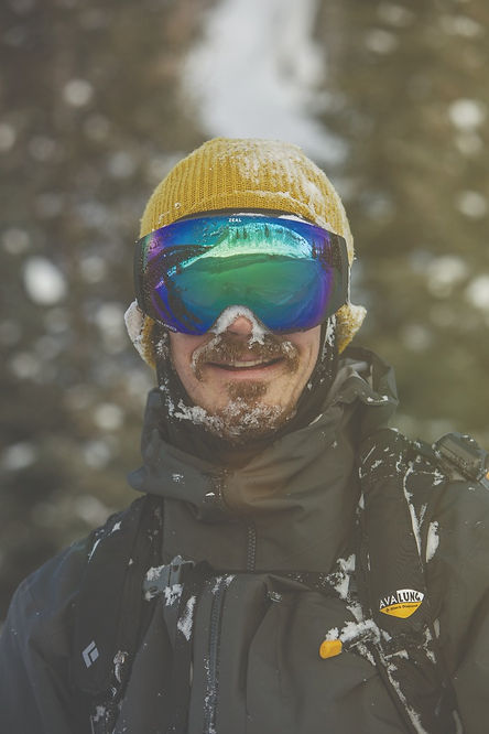 men-in-ski-goggles-wearing-yellow-hat
