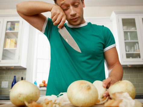 Why Onions Hassle Women More Than Men: And How to Stop the Tears