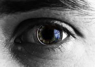 dark eye.jpg