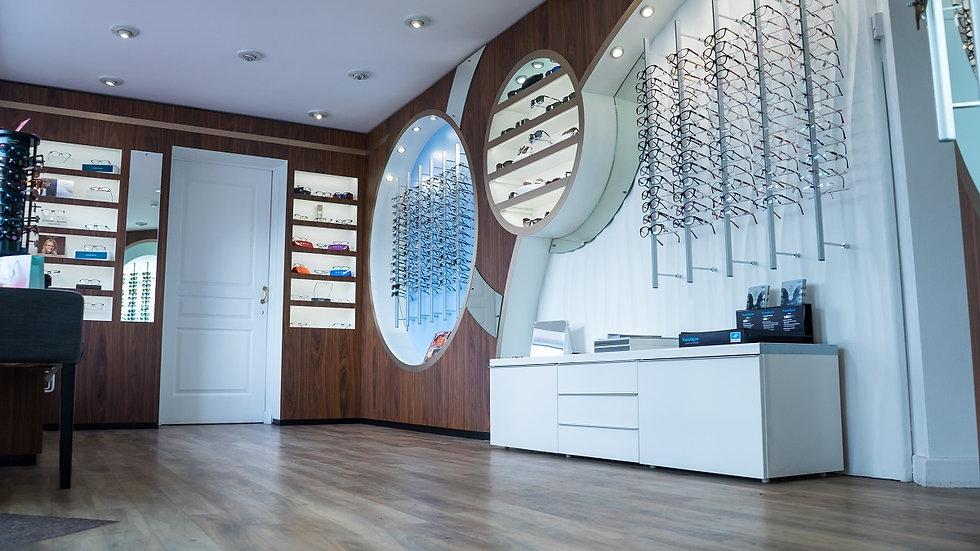 Oakwood Eyecare interior.jpg