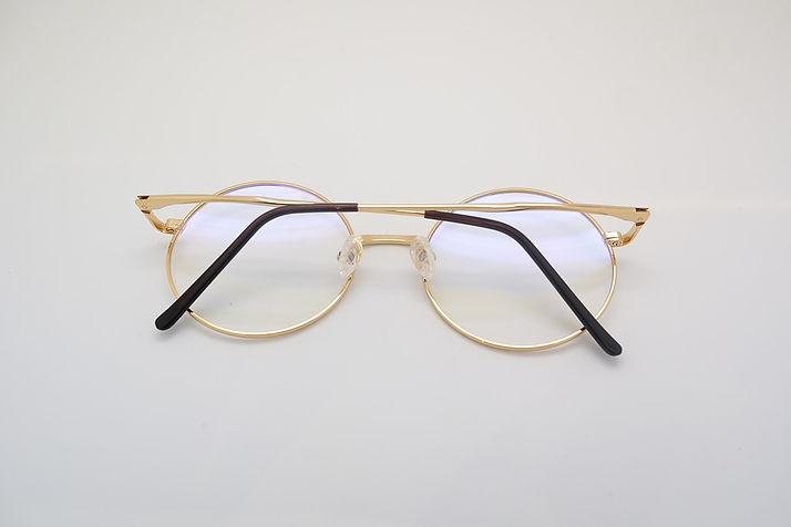 glasses-415261_960_720.jpg