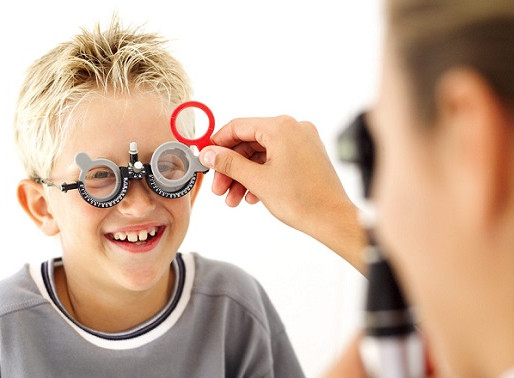 Eye tests for children: How young is too young?
