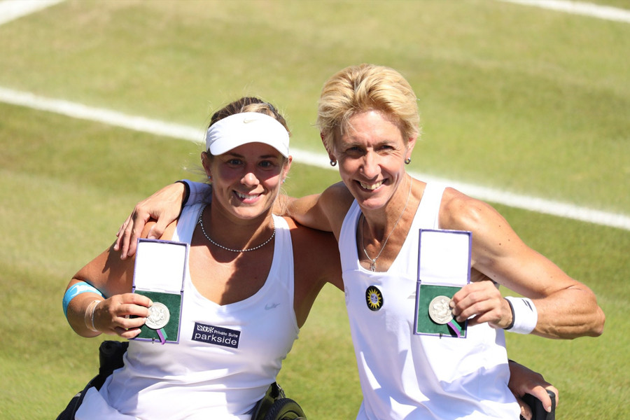 Lucy-Shuker-Wimbledon-Championships-04.j