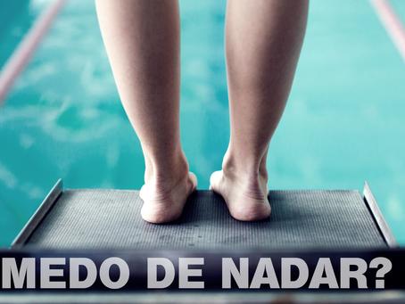 É possível vencer o medo de nadar?