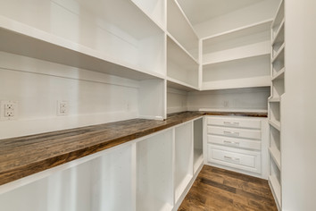 working pantry-1.jpg