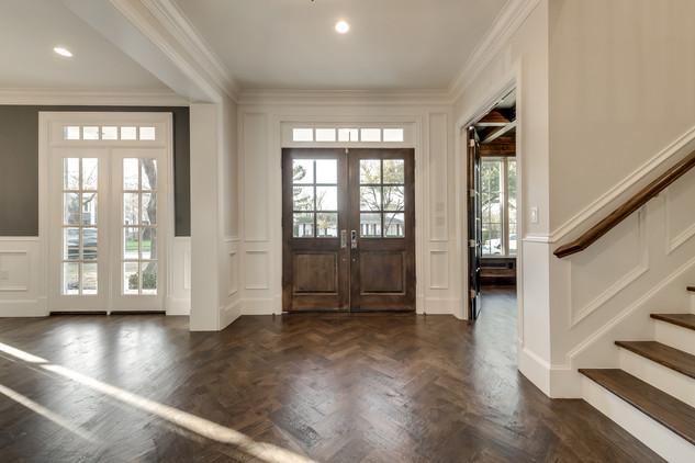 foyer-wood floors.jpg
