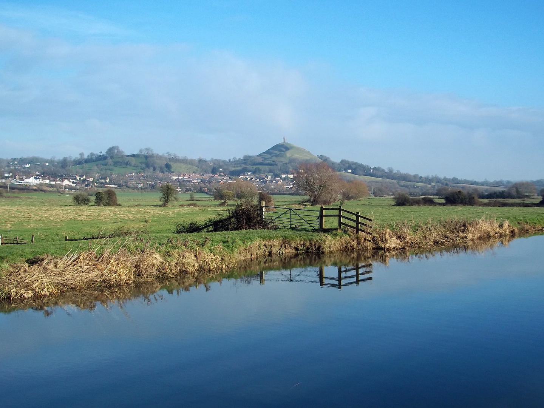 Glastonbury Tor from River Brue winter