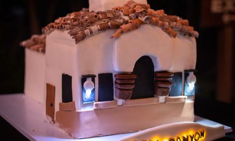 Templeton Cake 1.jpg
