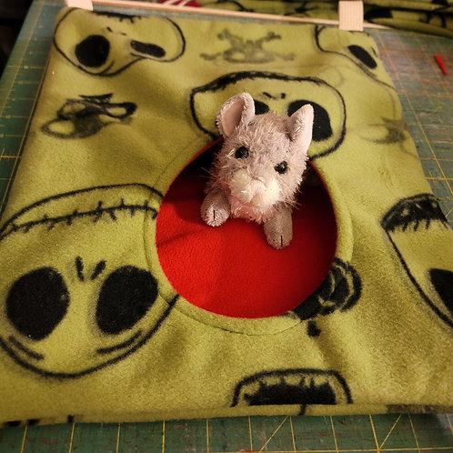 HCNHolePF3046 - Hole style Critter Nation Sized Hammock