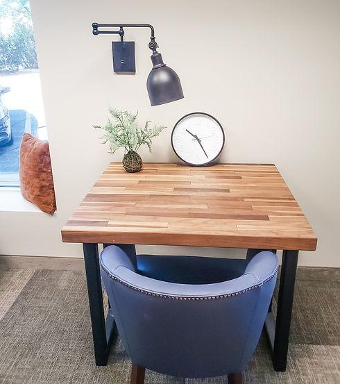 L&A desk.jpg